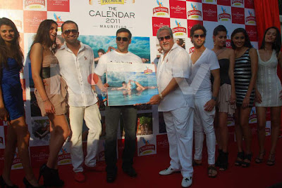 Kingfisher Calender: Salman Khan at the Launch of Kingfisher Calendar 2011 Vijay Mallya launched the Kingfisher Calendar 2011 with a little help from Salman Khan