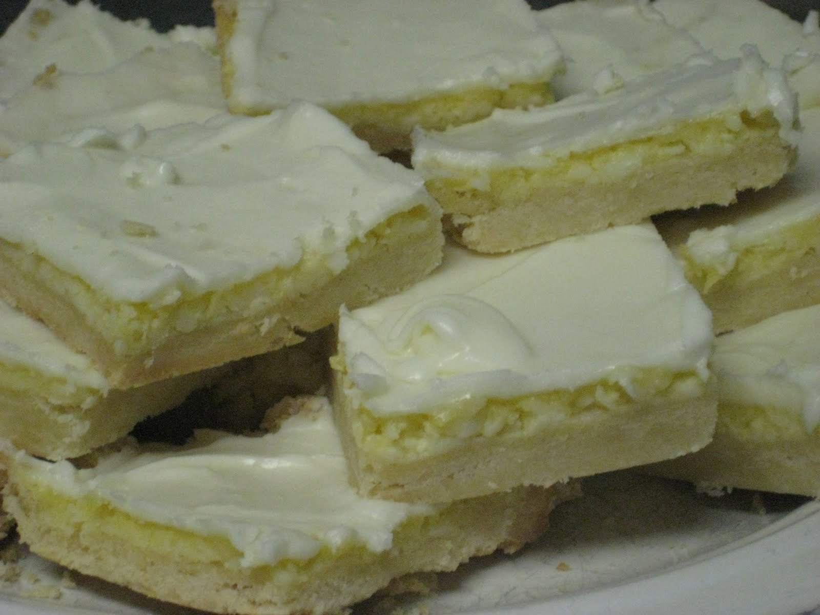 cheesecake bars rolo cheesecake bars these apple cheesecake bars are ...