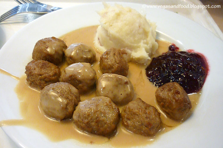 Aug 09,  · Ikea Meatballs. Ikea sells approximately two million meatballs every day in its in-store restaurants worldwide. However, you don't have to go to Ikea to eat these delicious meatballs. You can make them at home with my easy recipe, and they'll taste just as good as the ones in Ikea.5/5(12).