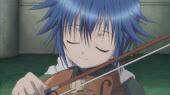 Ikuto de pequeño con su violin