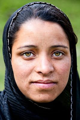Kashmiri Eyes Darkoroom: Kashmiri Ey...