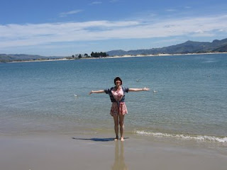 Lisa Rullsenberg on Pilots Beach, Otago Peninsula, New Zealand