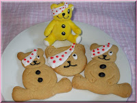 Pudsey Bear Cake Decorations