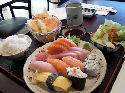 sushi sashimi West Vancouver Dundarave Sushi Review restaurant tempura
