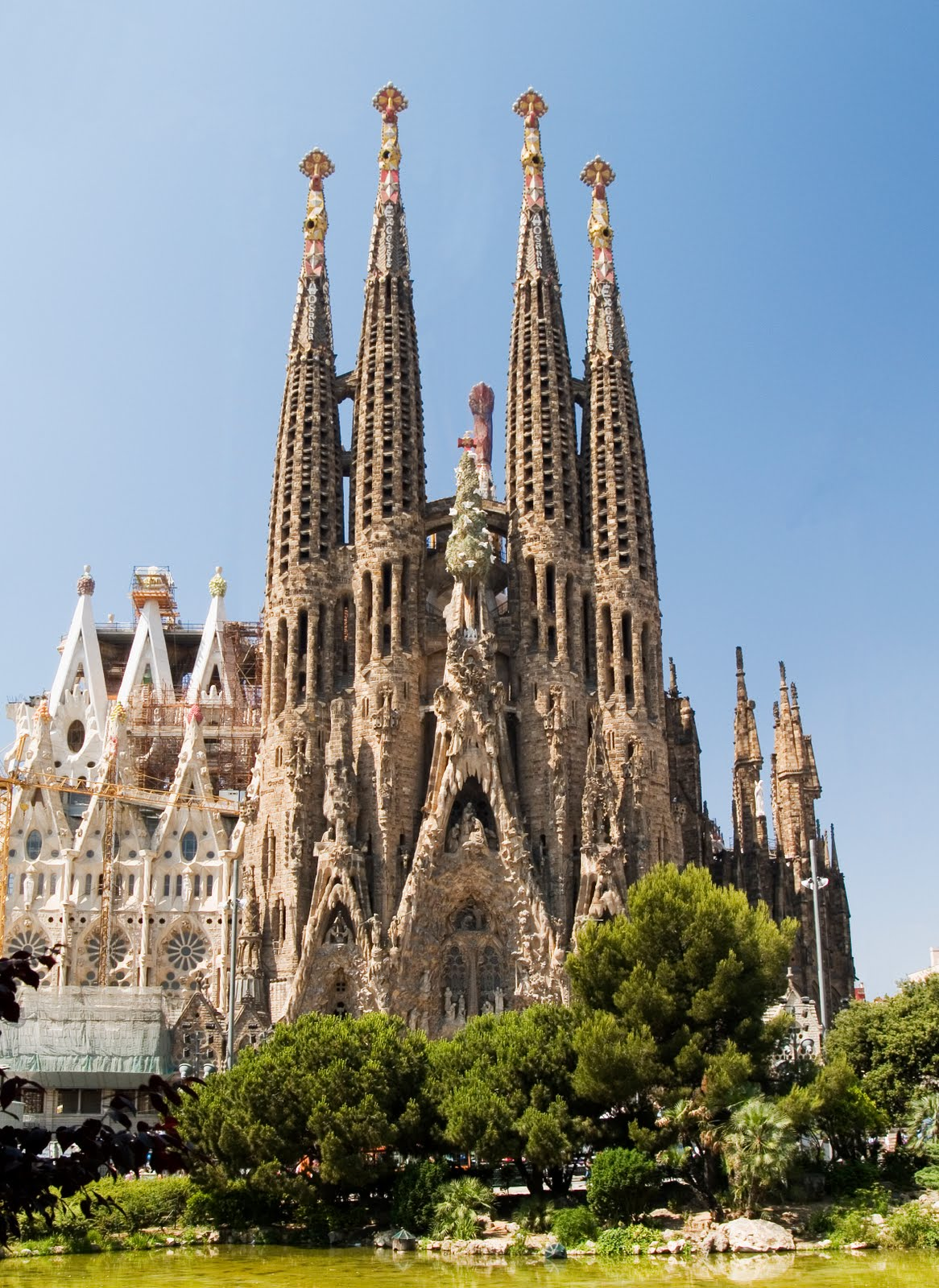 Atonementonline sagrada familia for Barcelona famila