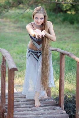 dating russian women Beautiful long haired young woman
