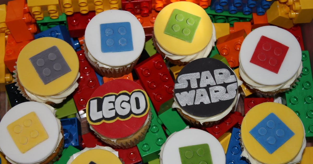 Whimsical by Design: Lego Star Wars Cupcake Toppers