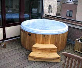 round hot tub. Black Bedroom Furniture Sets. Home Design Ideas
