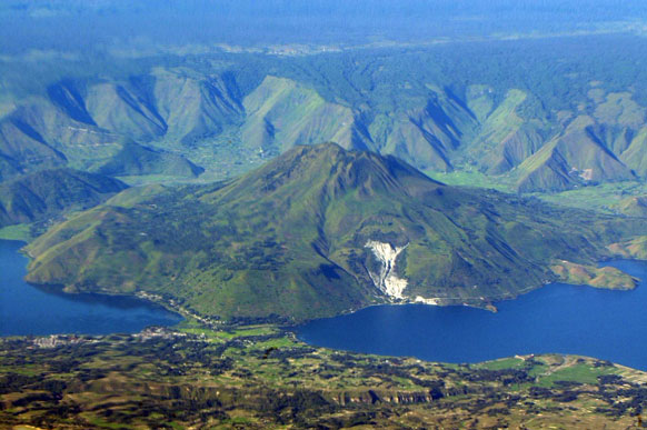 Beautiful Lake of Disaster