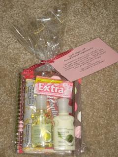 30 New Womens Conference Gift Bag Ideas | sobatapk.com