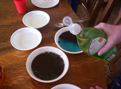 Almost Unschoolers: Oil Spills and Advertising, a Grease Fighting ...