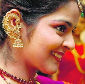 full kaan earrings with Jhumka