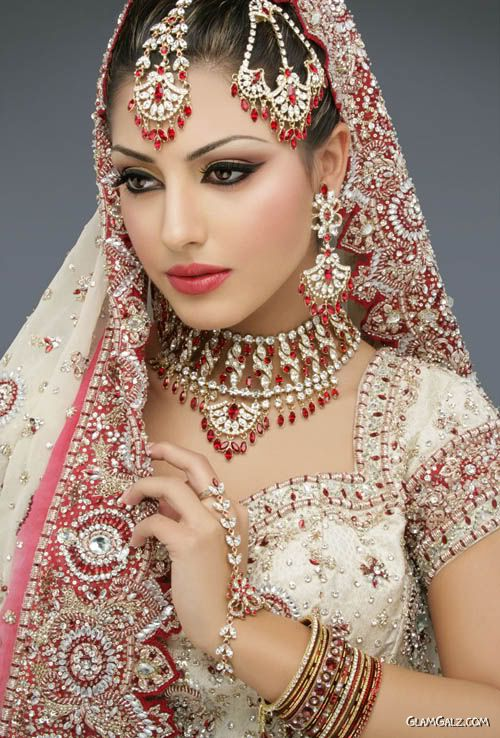 Indian Make Up Styles