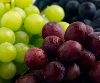Eating grapes could reduce heart disease and diabetes, scientist claim.