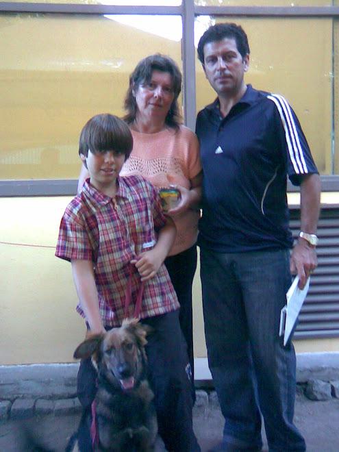 Betty con su nueva familia