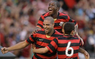 Adriano-Flamengo-Roma
