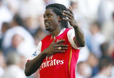Dzeko si allonta, il Milan punta su Adebayor