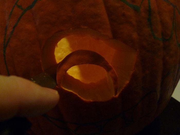 Halloween 2010 comment creuser et d corer votre - Comment decorer une citrouille pour halloween ...