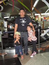 Gambar Kenangan Di KLIA tahun 2009