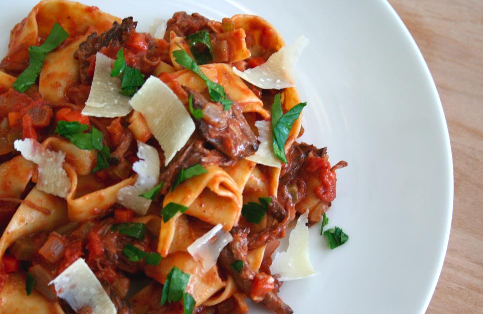 food is luv: short rib ragu w/ papparadelle