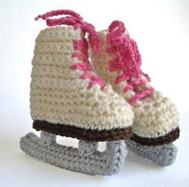 Free Crochet Pattern Baby Hat With Bow : ROLLER SKATE BABY BOOTIES PATTERN Sewing Patterns for Baby