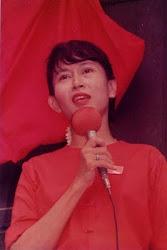 ညြန္ႀကားခ်က္ကိုေစာင့္ေနသူေတြကအလုပ္မလုပ္ခ်င္လို ့ပဲ (၁၉၉၆)