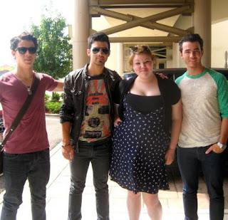Jonas Brothers: Candids&Noticias >3 [CLOSED] - Página 7 Jonaspieria9