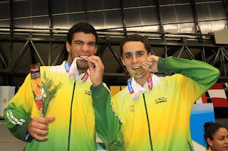Wellington Barbosa e Luiz Carlos Jr., campeões Sul-americanos de Karate 2010