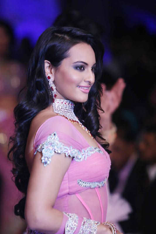 Sonakshi sinha new bollywood actress