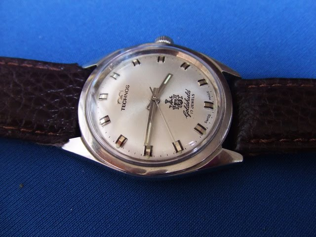 Jam otai vintage watches vintage technos excellent condition sold for Technos watches