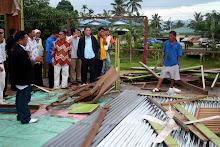 Timbalan menteri di Jabatan Perdana Menteri Datuk  Liew Vui Keong lawat kg Pirasan, Kota Belud.