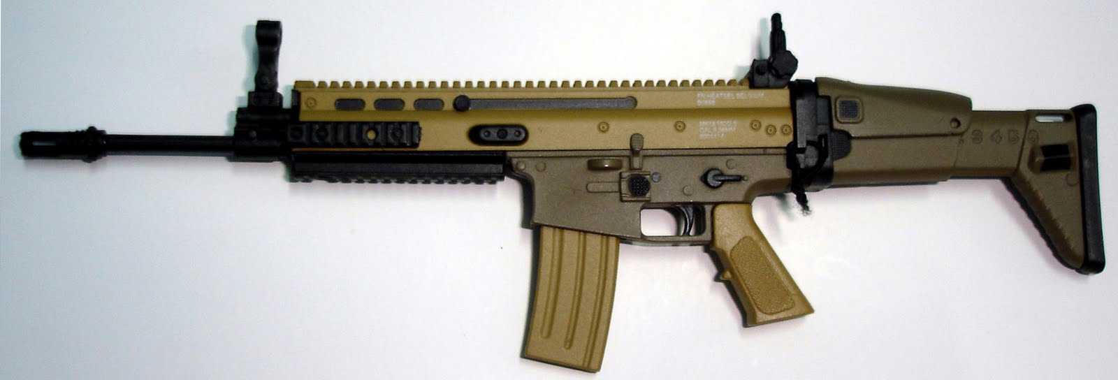 ASSAULT RIFLLE SERIES M-16A4 AND FN MK16 SCAR LIGH ~ forcesmilitary