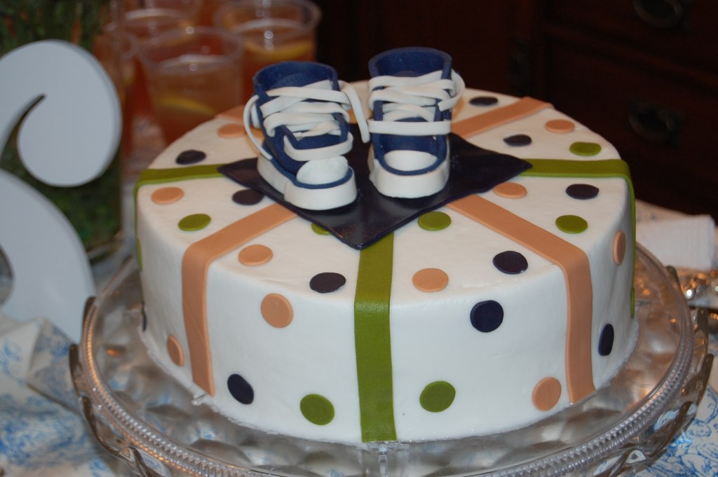 baby shower cake for a good friend baby converse shoes hand made with ...