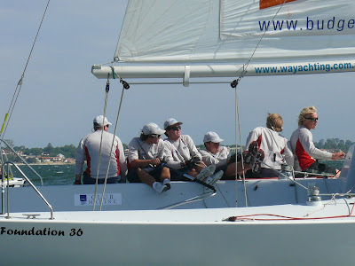 phil robertson and crew on their way to victory in the warren jones