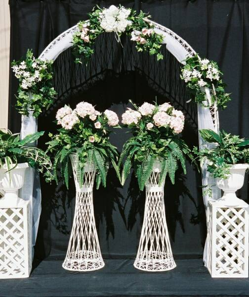 Let 39s Talk about Wedding Arches and Arbors