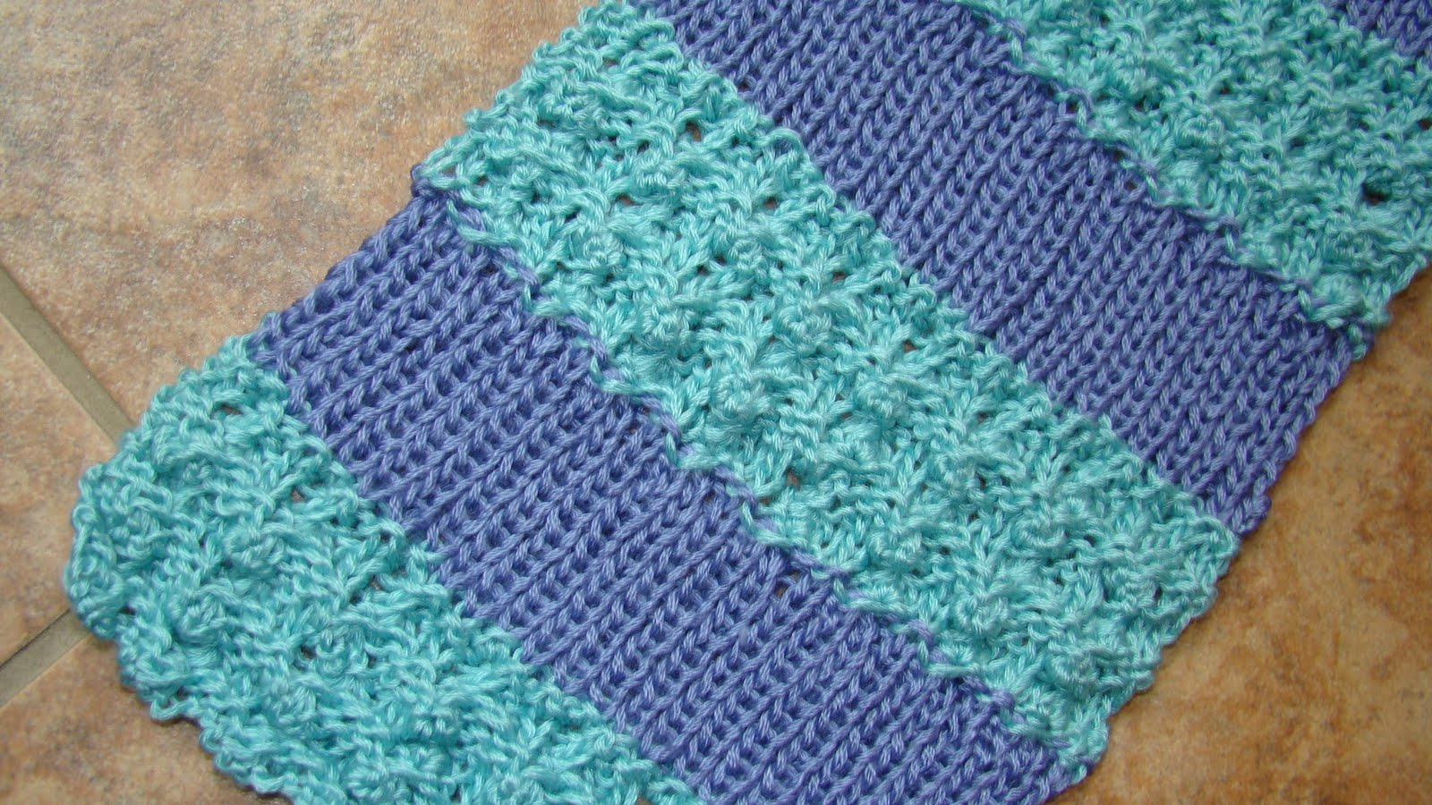 Two Color Knit Scarf Pattern : Crafts By Starlight: Iced Scarf