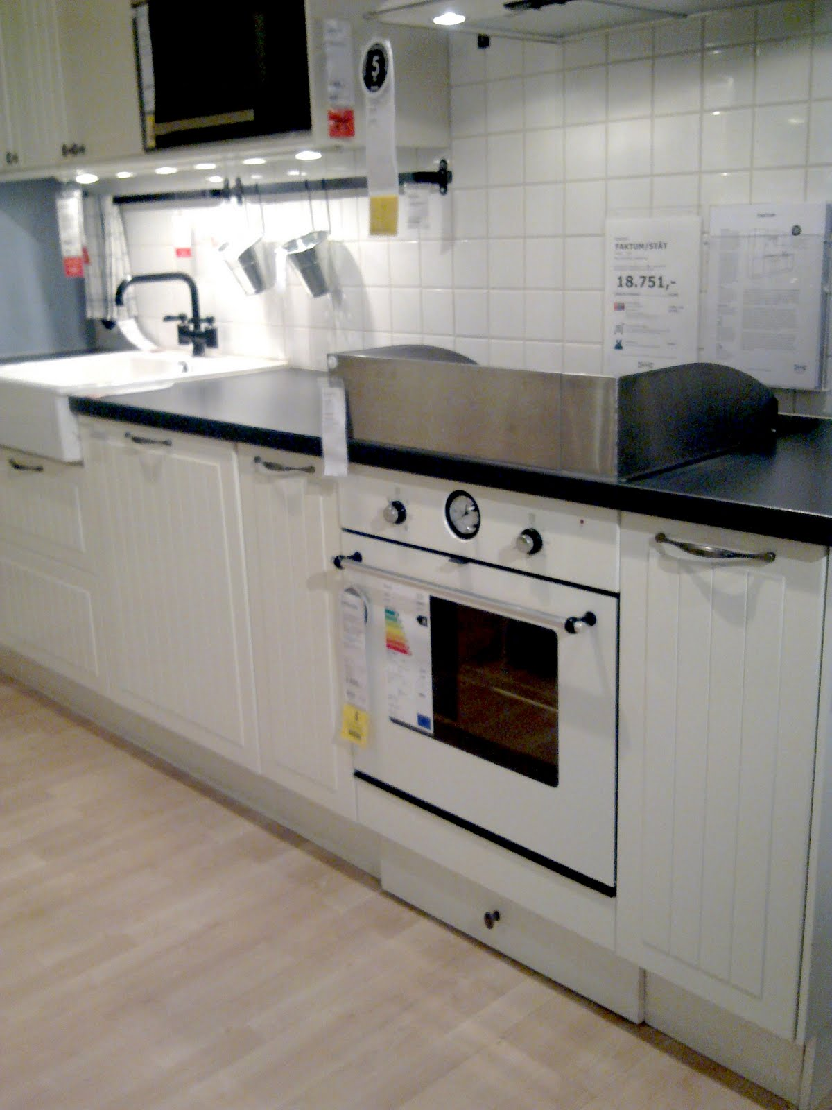 Vintage chic: IKEA-kj?kken/ IKEA kitchens