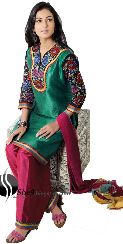 dress this dress can wear in Mehndi ceremonies or wedding ceremony