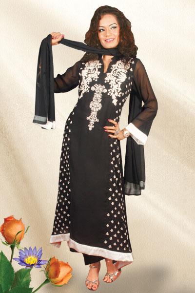 Glamorous Party Wear Salwar Kameez