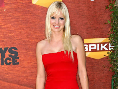Anna Faris in Stunning Red Beauty at the Spike TV&#8217;s 2nd Annual &#8220;Guys Choice&#8221; Awards