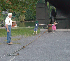 Grandpa shows Casey & Becca the BIG anchor. HVMM Kingston