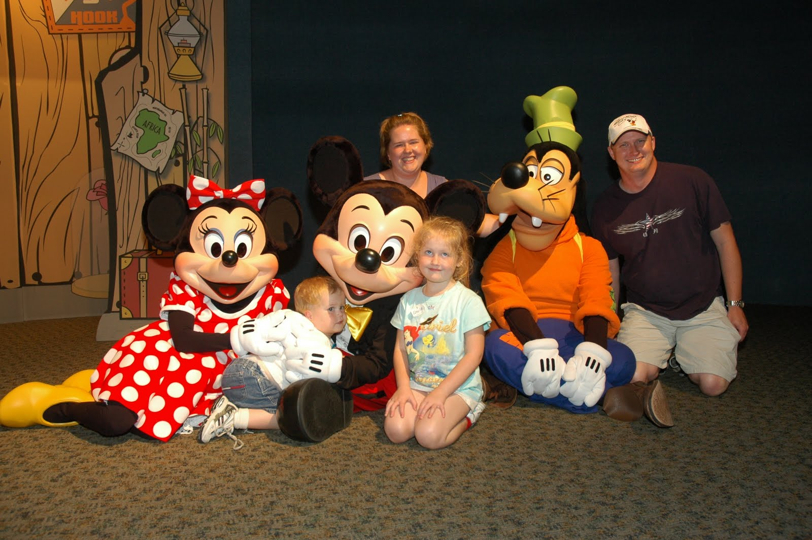 Our disney trip 2009 visa meet and greet in epcot you can read more about it here m4hsunfo