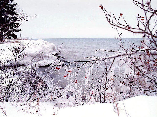 [Lake Superior Winter - 1024x768.jpg]