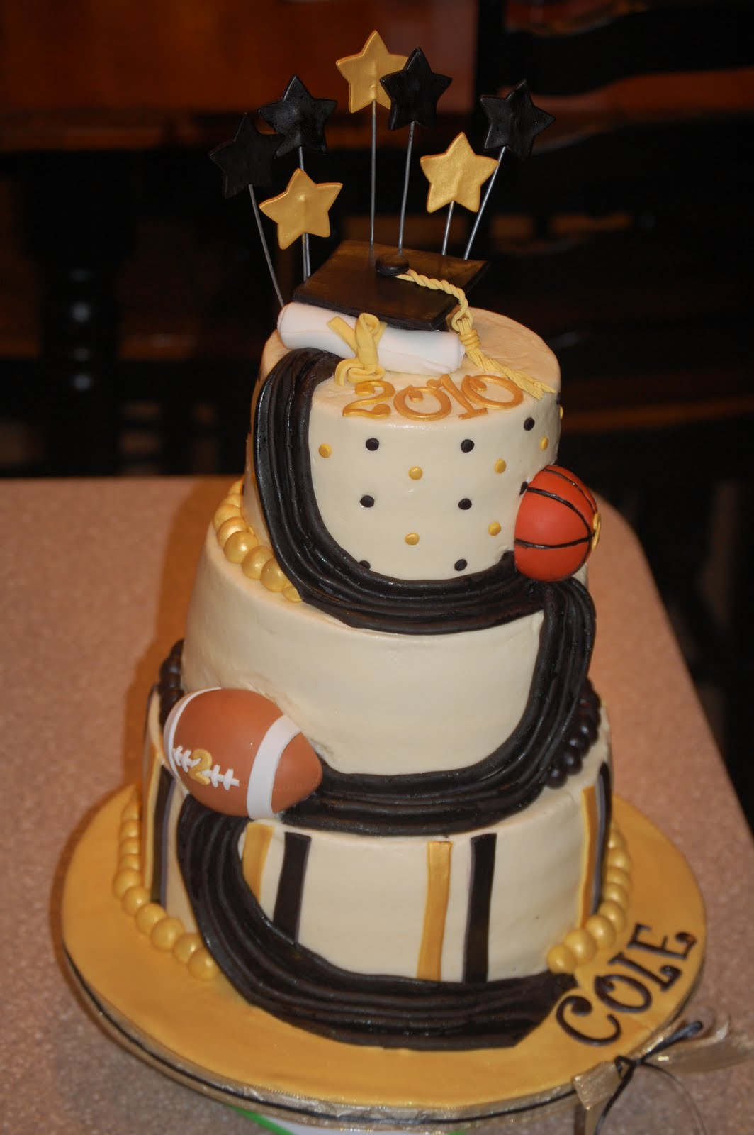 Cake Decorations At Coles : A Piece of Cake!: Cole s Graduation Cake