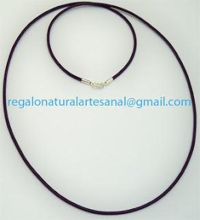 cordón de cuero con terminal y cierre de plata