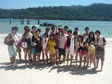 在LANGKAWI 毕业旅行的我们。。