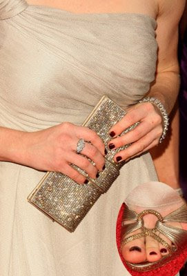 amanda seyfried golden globes tips toes Golden Globes Nail Watch   Amanda Seyfried