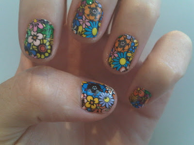 Katy Perrys Flower Power Nails All Lacquered Up All Lacquered Up