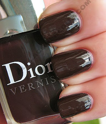 dior violine mystique vernis fall 2009 nail polish Dior Vernis Fall Nail Lacquers Swatches &amp; Review