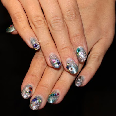 julie kandalec nails nyfw NYFW Nail Watch   Nail Art, Glitters and CalGel, Oh My!